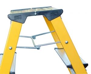 Лестница стремянка Rolly 2 ступени купить на выгодных условиях в Рязани